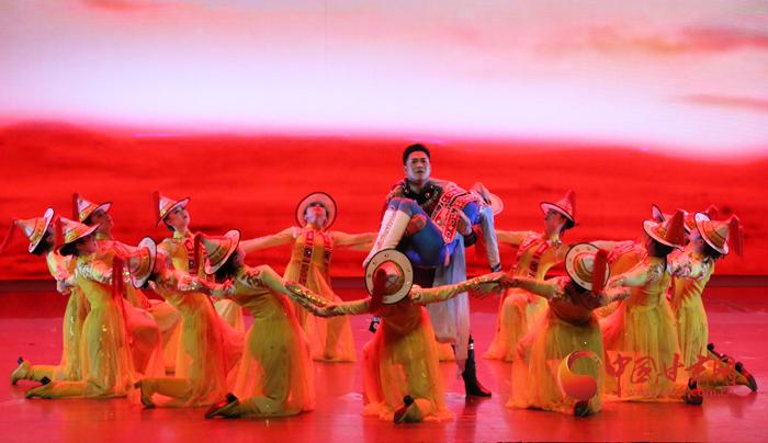 展现浓郁民族风 歌舞剧《裕固风华》在兰上演(图)