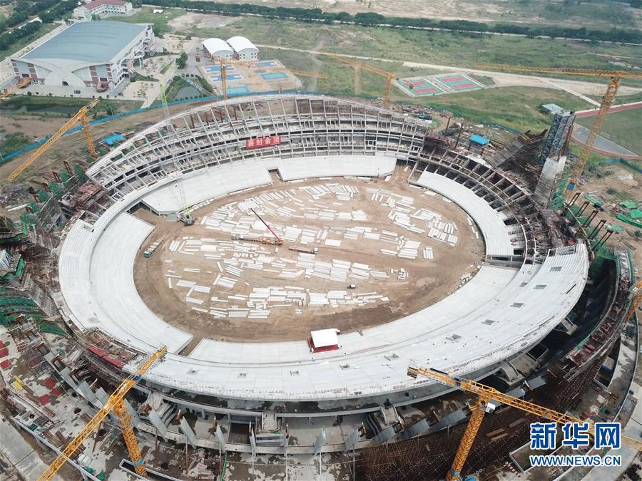 (XHDW)(1)中国援建柬埔寨国家体育场主体结构封顶