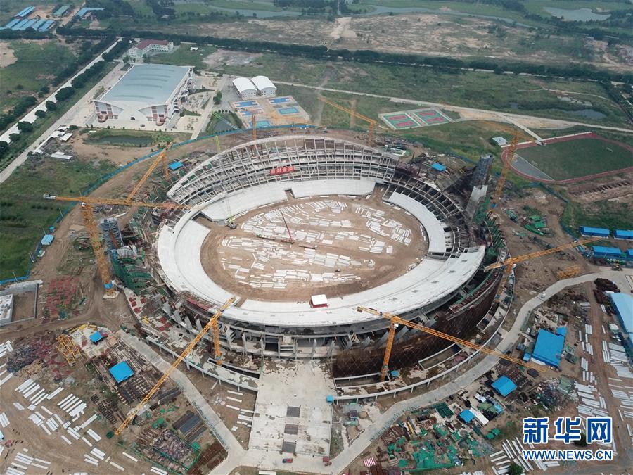 (XHDW)(4)中国援建柬埔寨国家体育场主体结构封顶