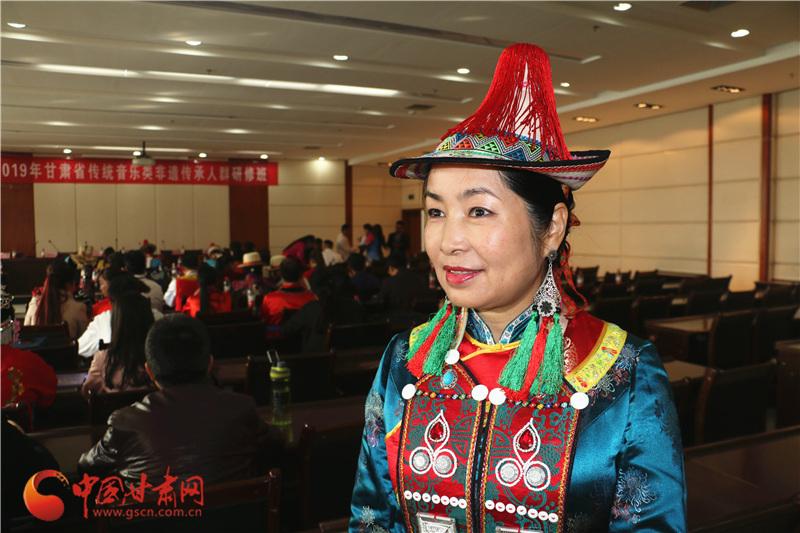 甘肃裕固族文化传承人瑙尔姬斯:传承民族文化,从自己开始!