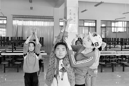 【爱国情 奋斗者】为梦起舞 让爱延伸——乡村舞者金淑梅的故事(图)