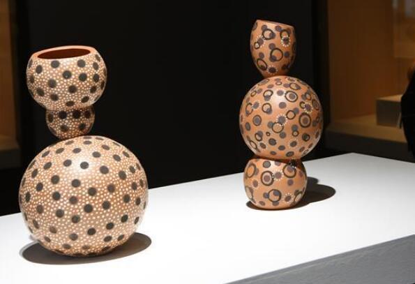 2019首届国际当代陶艺作品与马家窑出土陶器展在甘肃举行