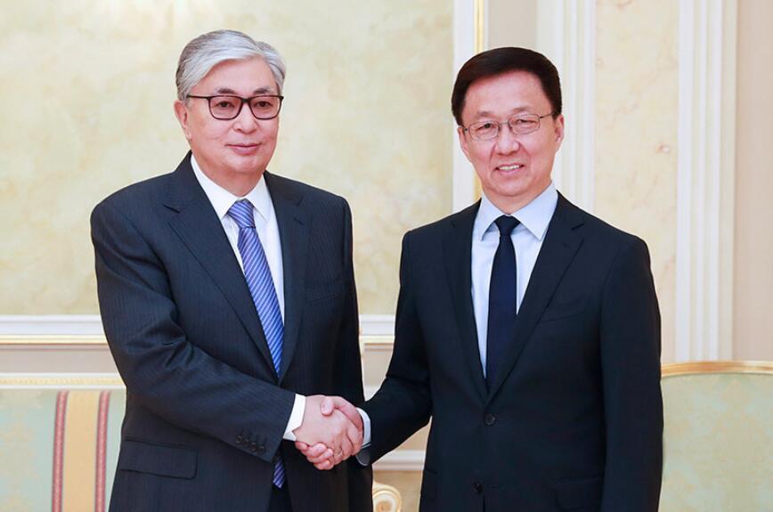 韩正会见哈萨克斯坦总统托卡耶夫