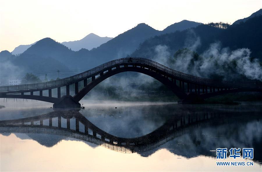 (美丽中国)安徽:龙川之晨