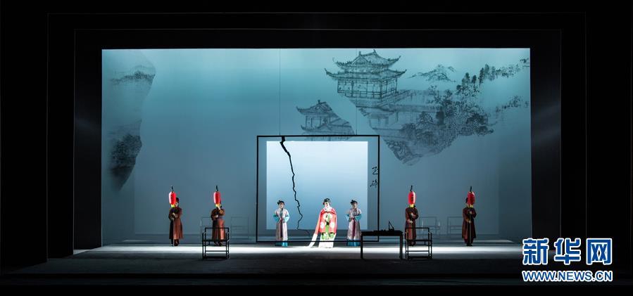 """(国际)(3)中国舞美设计家获布拉格演出设计与空间四年展""""最佳灯光设计奖"""""""