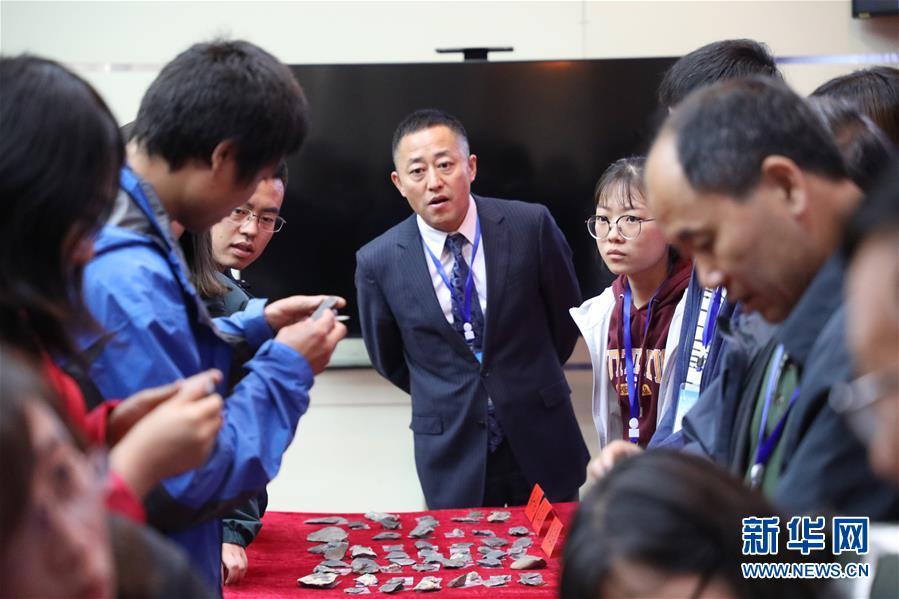 (图文互动)(3)考古证实:甘肃白石崖溶洞是青藏高原目前已知最早考古遗址