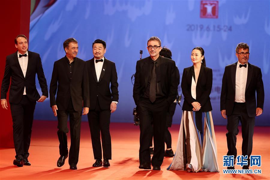 (文化)第22届上海国际电影节闭幕红毯仪式在沪举行