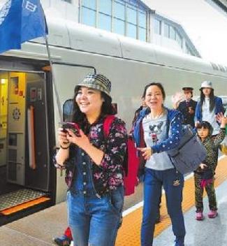 兰铁集团积极做好暑期运输安排