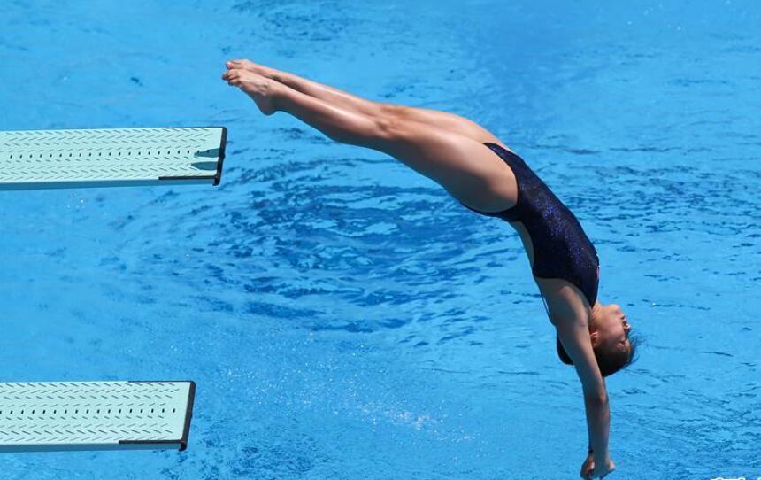 跳水——女子1米板决赛:中国选手包揽金银牌