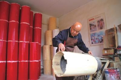 """用三十八年打造""""天下第一鼓"""" ——记兰州市首批""""金城工匠""""魏永宏"""