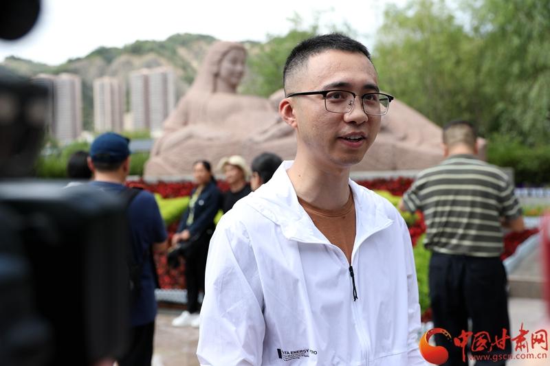 网络名人走进甘肃|@文创客@锅盖头司令:兰州气候非常舒适宜人是夏日避暑胜地(图)