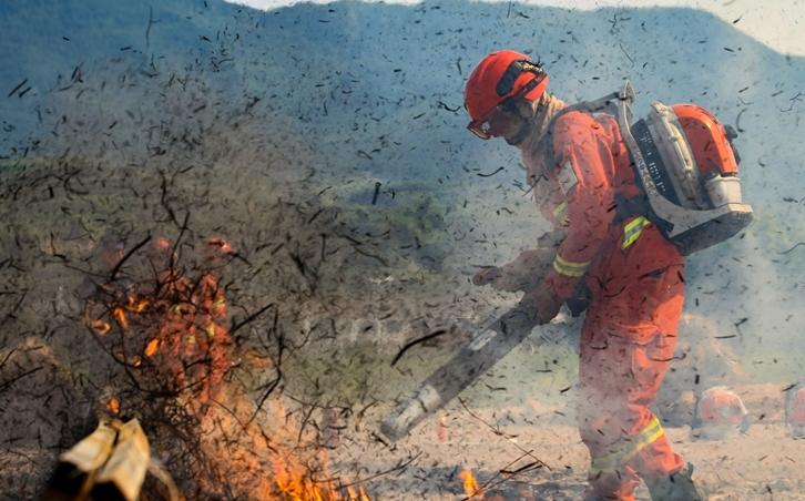 甘肃平凉:森林消防