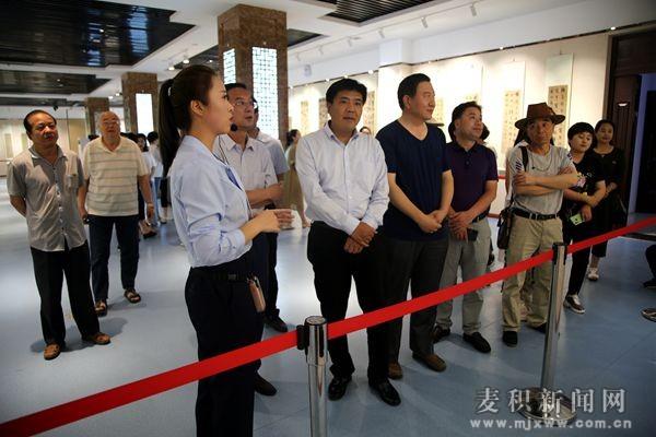 陇西县博物馆馆藏精品书画特展在麦积区开展