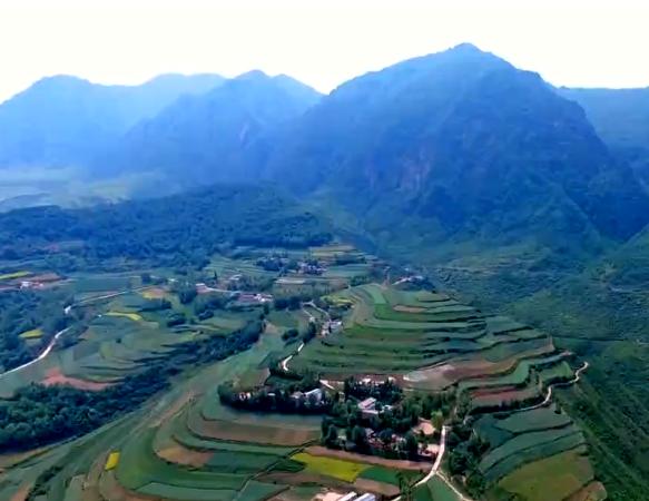 【视频】快闪!临洮县唱响《我和我的祖国》