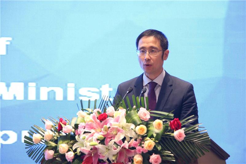 刘雪松:积极开放交融 加快互联互通