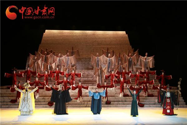 大型原创民族舞剧《彩虹之路》兰州震撼首演