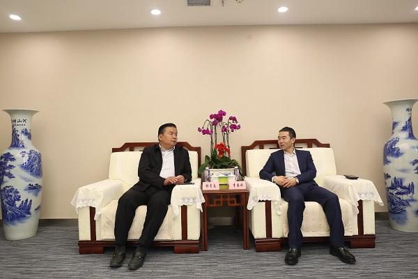 邮储银行甘肃省分行行长银青志会见万达西北区负责人