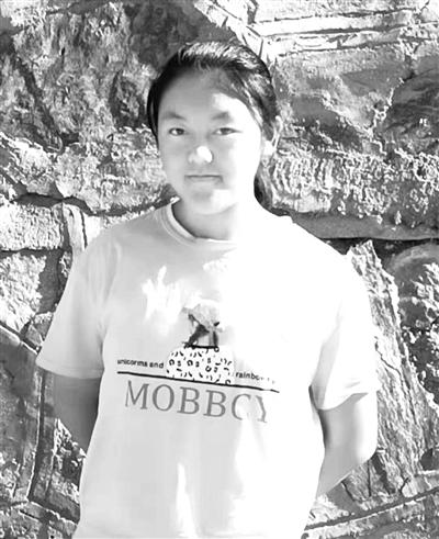 15岁考上大学,这个农家女孩不简单