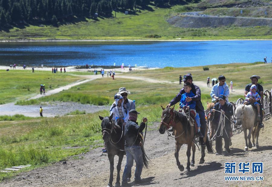 (环境)(4)乌鲁木齐:天山大峡谷迎客来