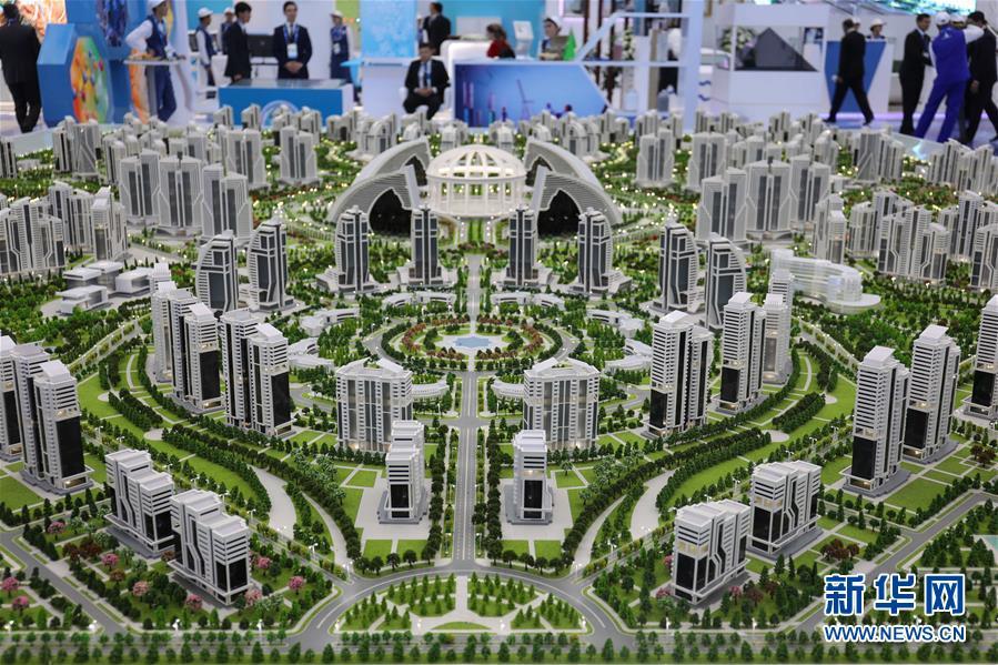 (国际)(3)土库曼斯坦举行里海创新技术展和国际汽车展