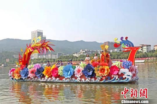 四川广元赴兰州推女儿节 邀民众领略蜀道文化魅力