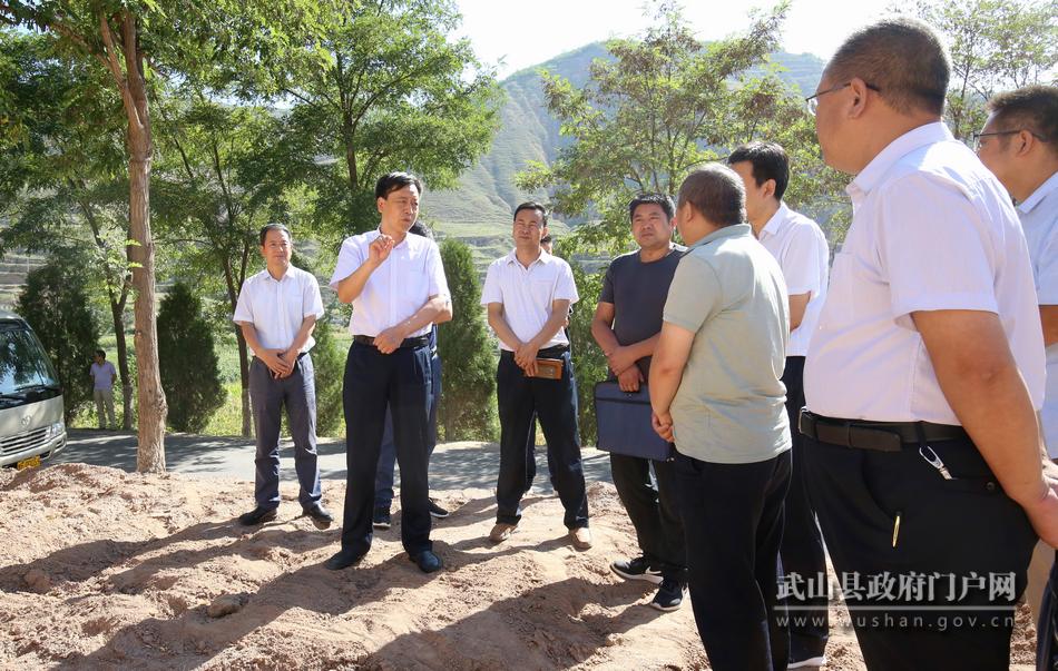 马勤学督查生态环境问题整改落实及农村安全饮水工作