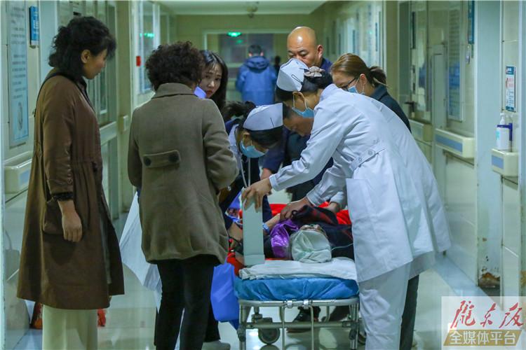 【甘肃五个一百网络正能量图片·系列展播(44)】镜头下的夜班护士