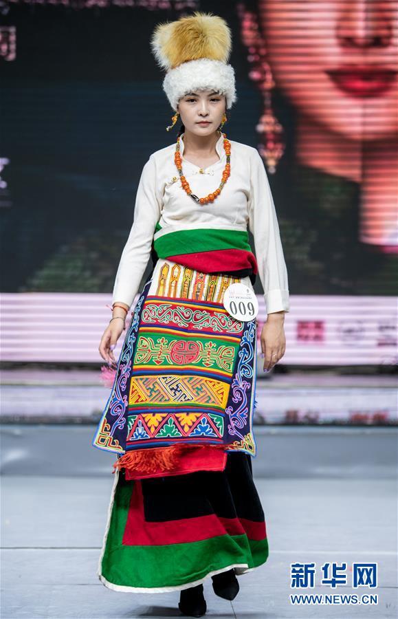 (文化)(4)中国藏模大赛西藏赛区举行海选