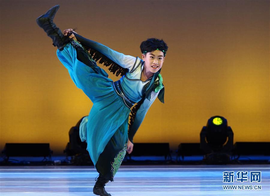 (文化)(5)青少年舞蹈竞风采