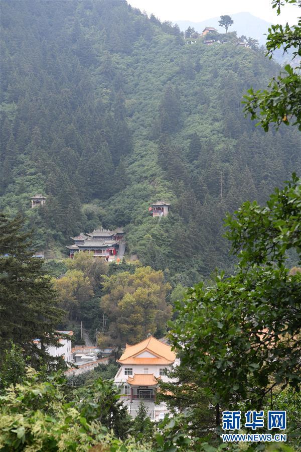 (环境)(5)秋日兴隆山