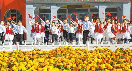 甘肃:平安和谐生活美