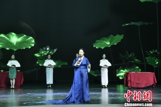 湖南江永女书举行文化旅游周展示女书文化传承与创新