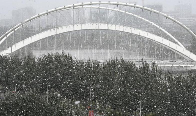 银川迎来降雪天气
