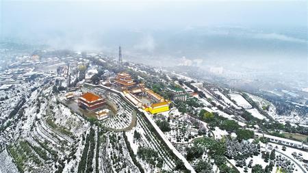 甘肃省河东出现明显降水降温天气