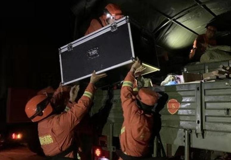 最新权威发布:夏河地震救援工作正在有序开展 震中无人员伤亡