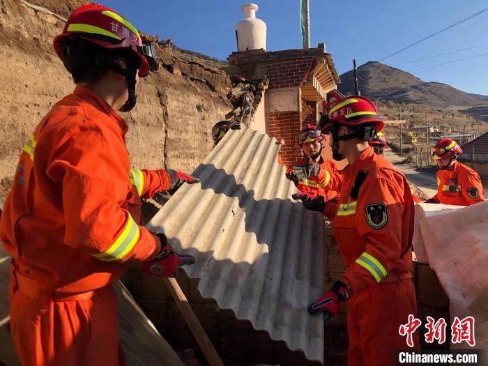 甘肃夏河5.7级地震:震区海拔较高 百余户民房受损