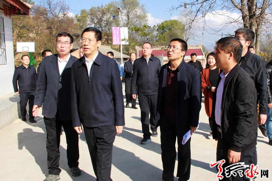 省委常委、政法委书记胡焯在天水调研主题教育工作开展情况