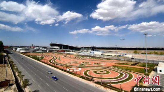 甘肃民航年旅客吞吐量40年增160倍 刷新丝路新速度