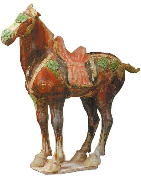 【品藏】唐三彩马的尾巴为什么很短