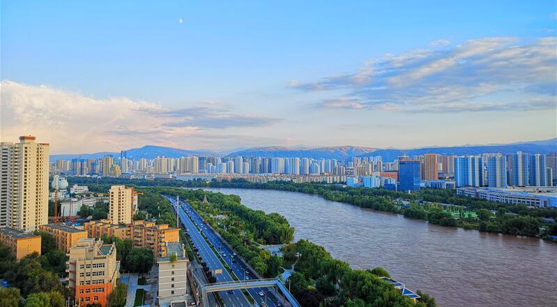 黄河之滨胜画中