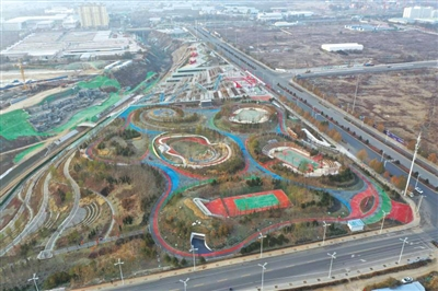 七里河区彭家坪都市文化休闲公园昨日开园
