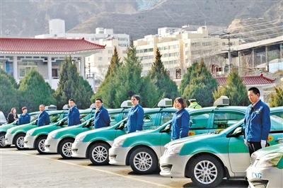 """兰州奔马""""精致车组""""50辆出租车27日发车(图)"""