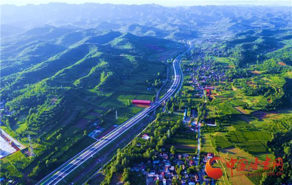 12月1日起甘肅所有封閉式高速公路收費站入口全面實施貨運車輛稱重檢測