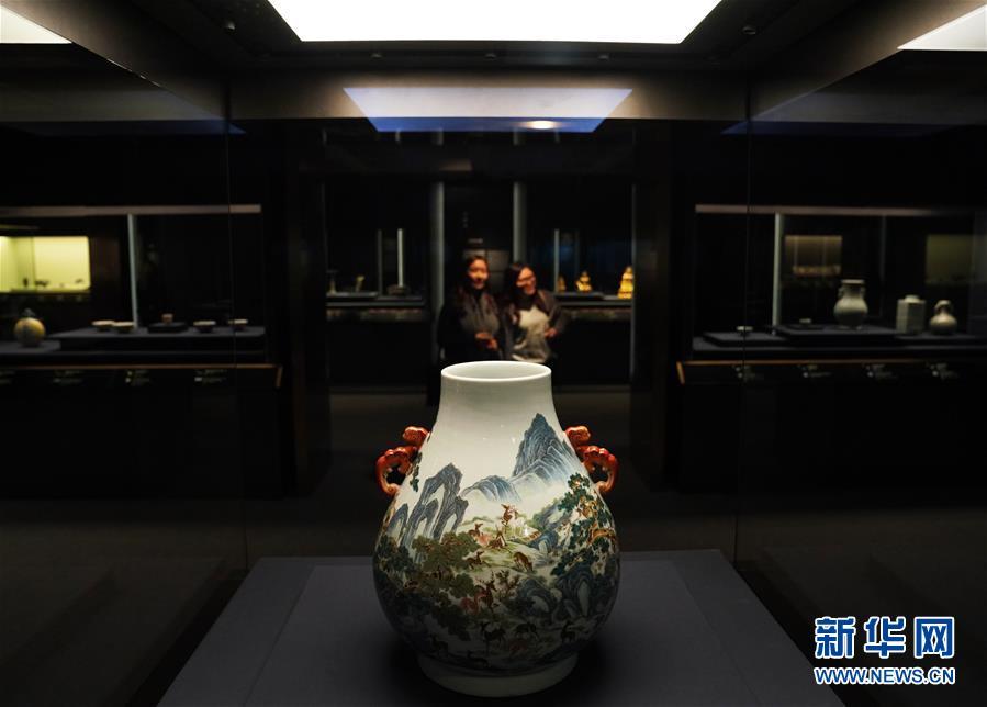 (图文互动)(3)香港艺术馆翻新后重开 推吴冠中诞辰百年展