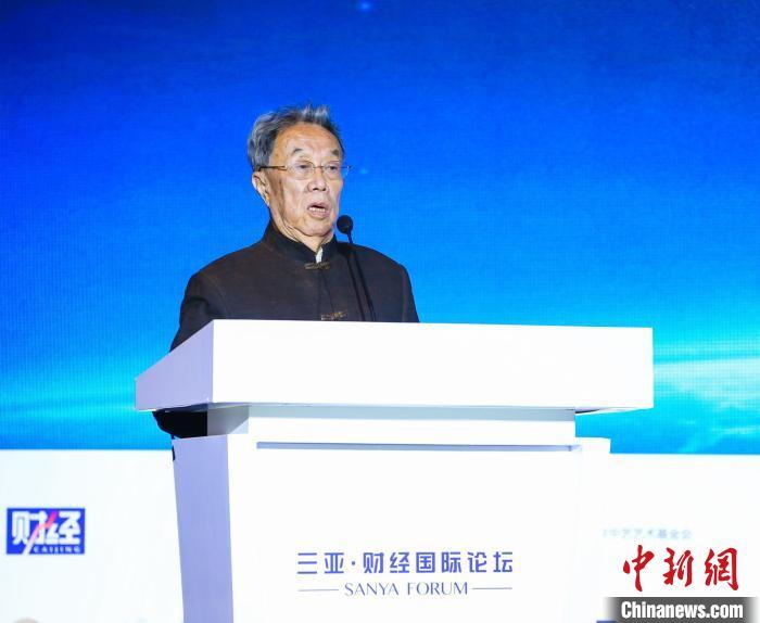 """""""人民艺术家""""王蒙三亚谈文化自信:包含从善如流、自我调整"""