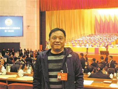 """邓志革:我是职业教育的""""产品"""""""