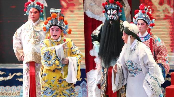 银川第五届秦腔节《狸猫换太子》演出落幕