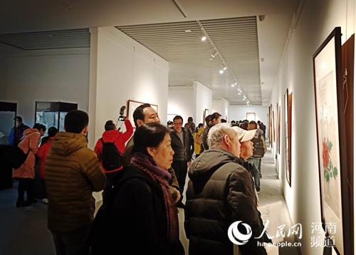 难得一见!30幅张大千书画作品在郑展出