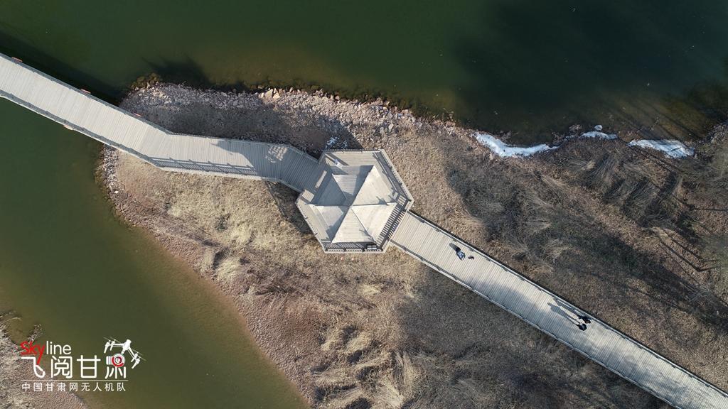 【飞阅甘肃】冬日俯瞰兰州银滩湿地公园 素描版骨感不失线条(高清组图)