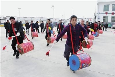 临夏州永靖:排练秧歌迎新年